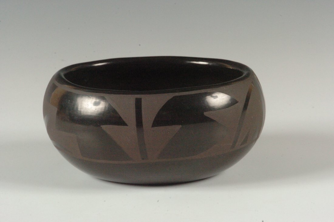 A SANTA CLARA BLACK ON BLACK BOWL FLORA NARANJO
