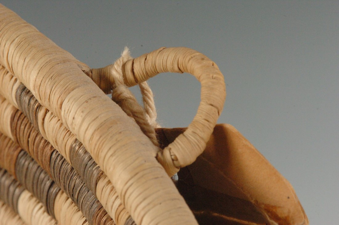 A HOPI COILED BASKETRY TRAY, LOIS NAYAKUDU - 8