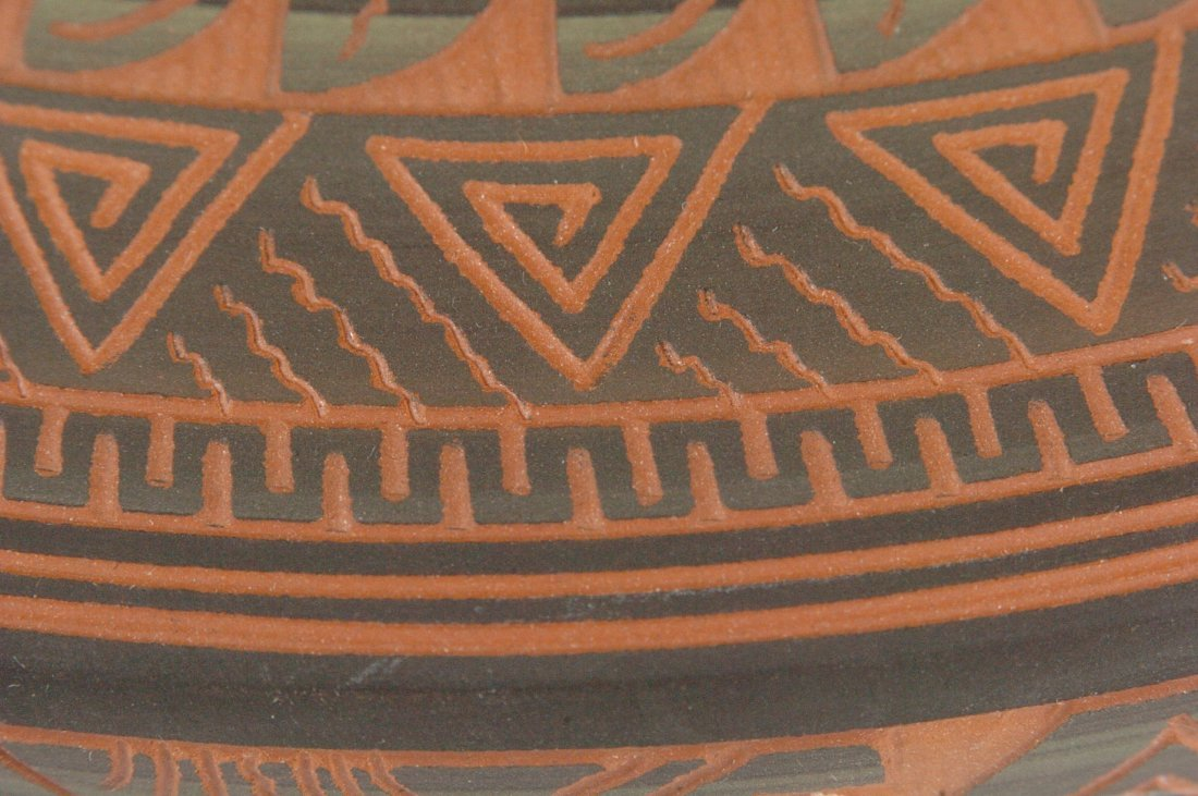 CONTEMPORARY NAVAJO POTTERY SIGNED DENNIS CHARLIE - 9