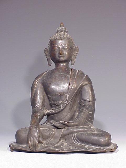 141: Bronze figure of Buddha