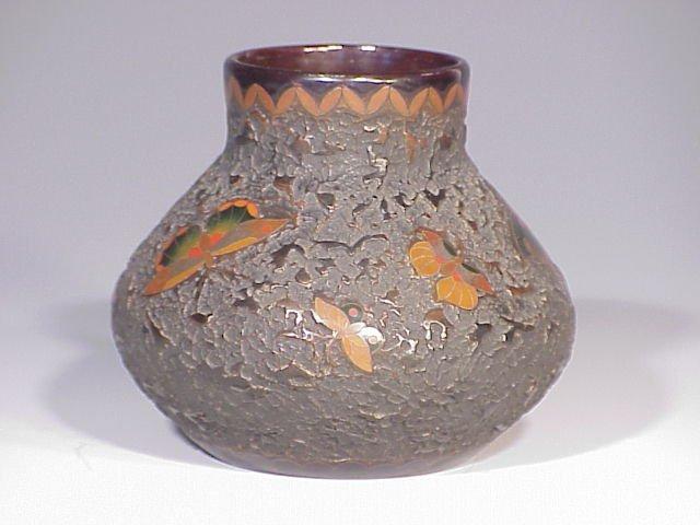 142: Japanese porcelain cloisonne' vase
