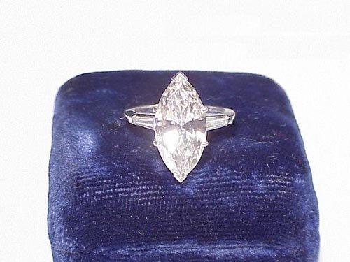 218: Approx. 4ct. Beautiful marquise diamond
