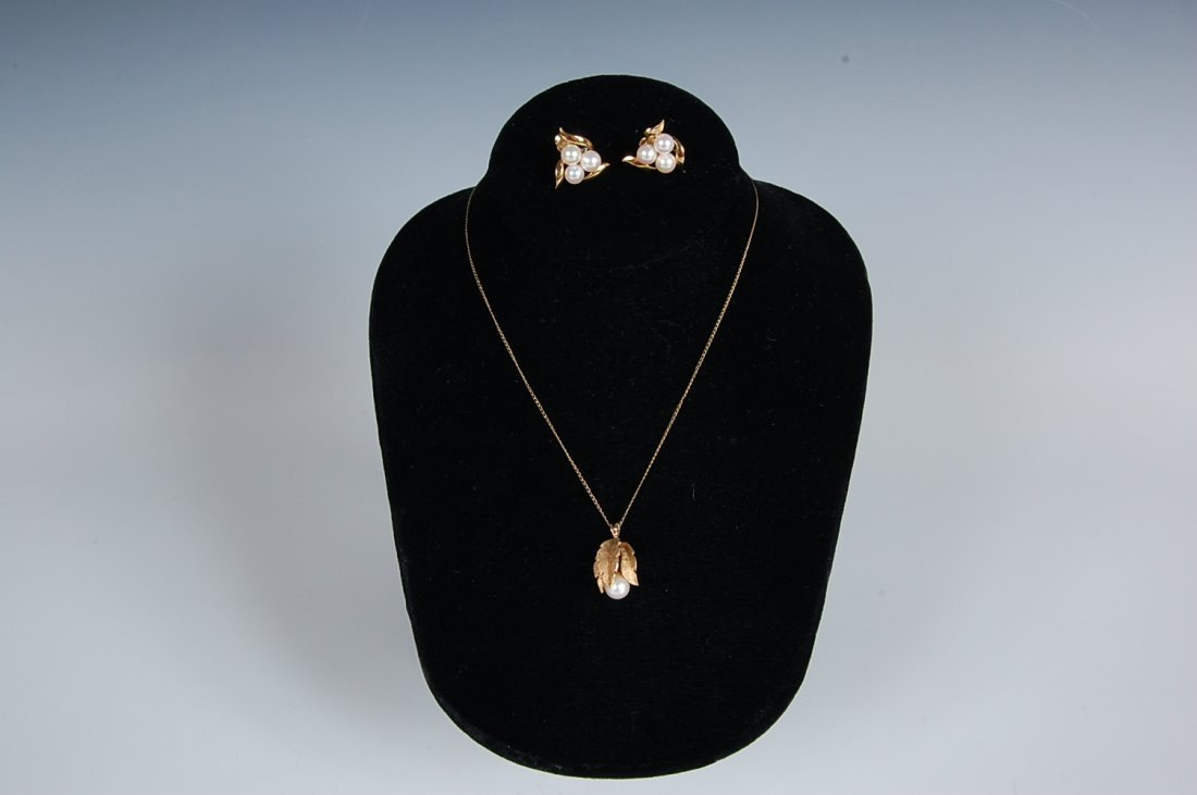 14K AND PEARL EARRINGS AND PENDANT