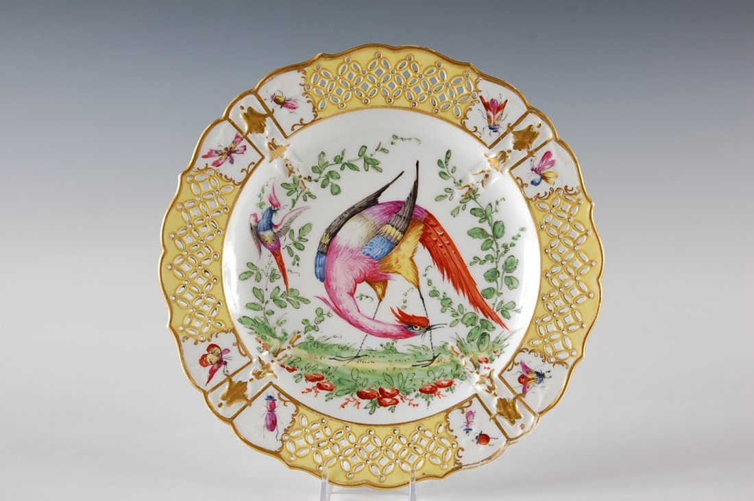 HAND PAINTED PORCELAIN PLATE MANNER OF CHELSEA
