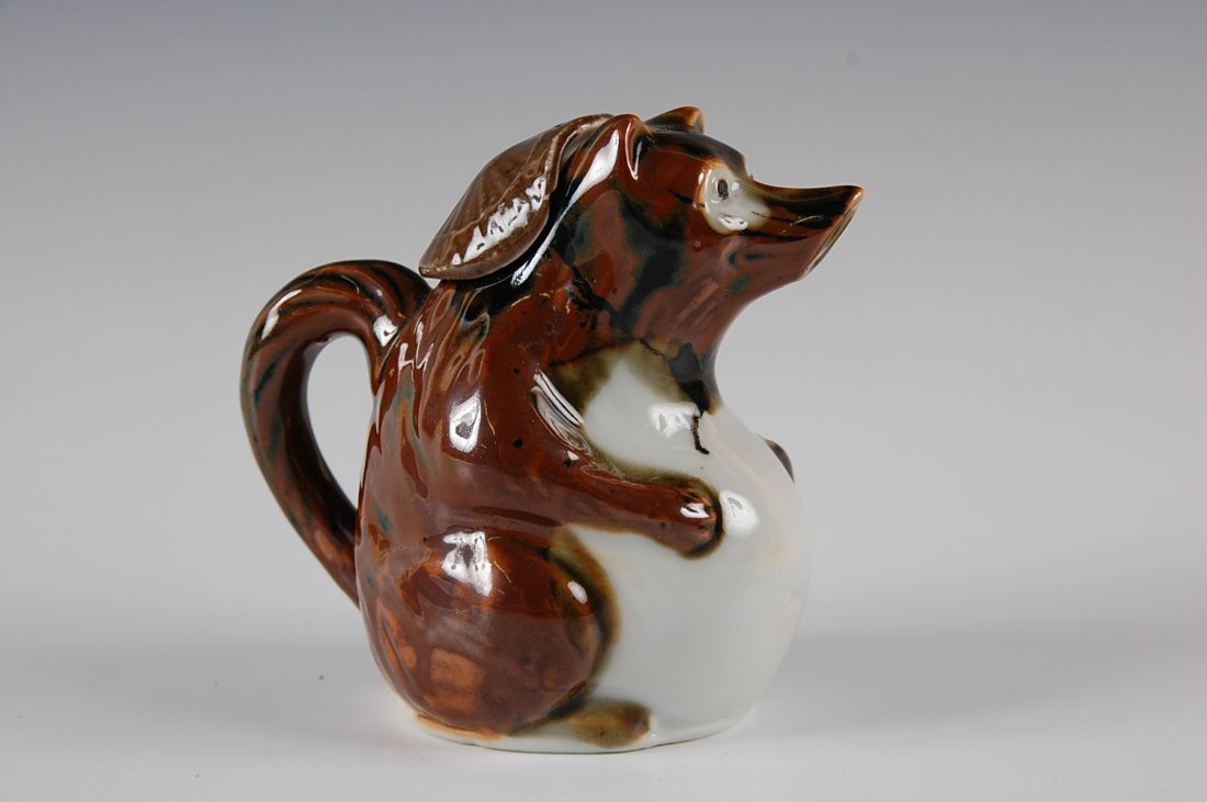 JAPANESE SAKE POT IN THE FORM OF A BEAR