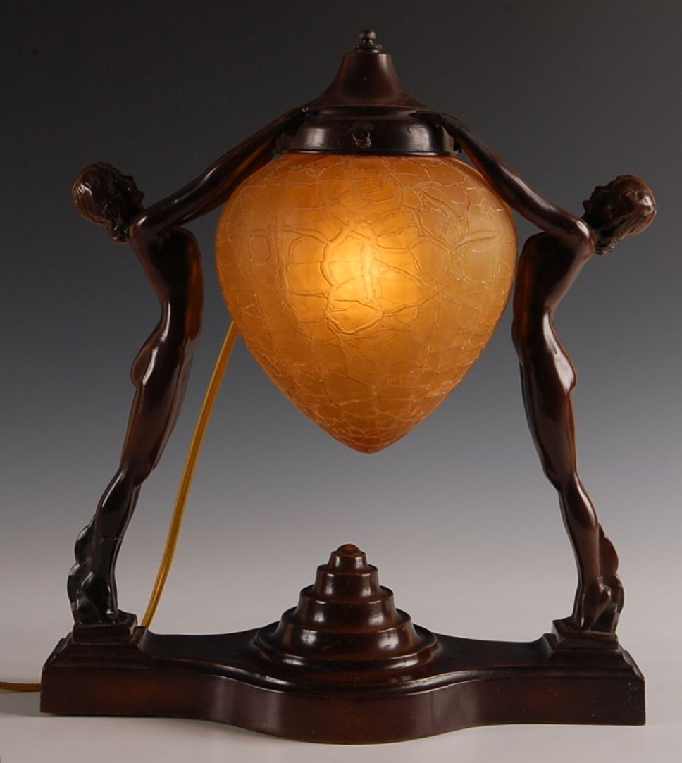 14: ART DECO TABLE LIGHT WITH NUDES