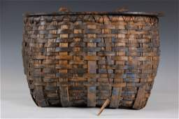FISHING CREEL BASKET WITH BLUE PAINT