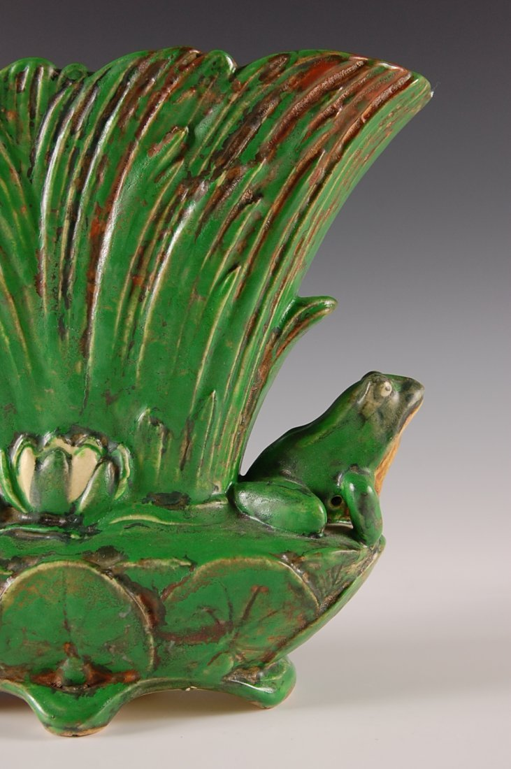 WELLER COPPERTONE VASE WITH FROGS - 4