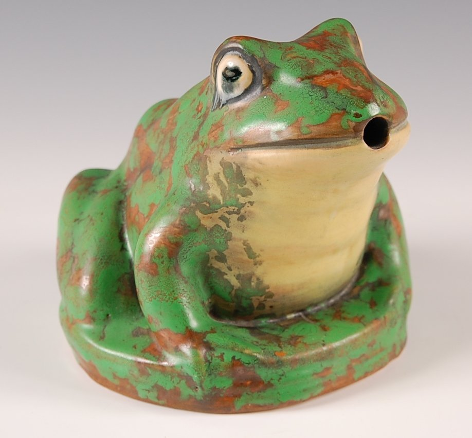 WELLER COPPERTONE FROG GARDEN FIGURE