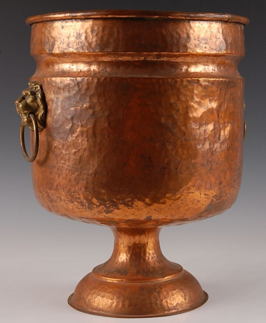 HAND HAMMERED COPPER CONTAINER WITH DOVETAILING