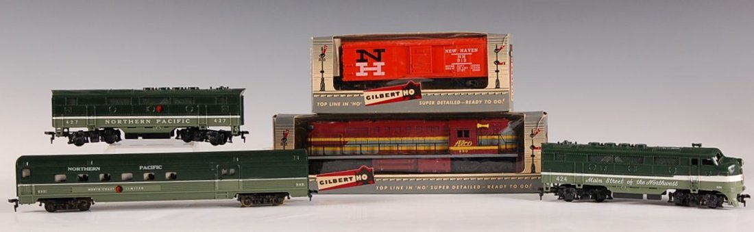 FIVE GILBERT HO CARS AND ENGINE, 430, 512, 540, 427, 42