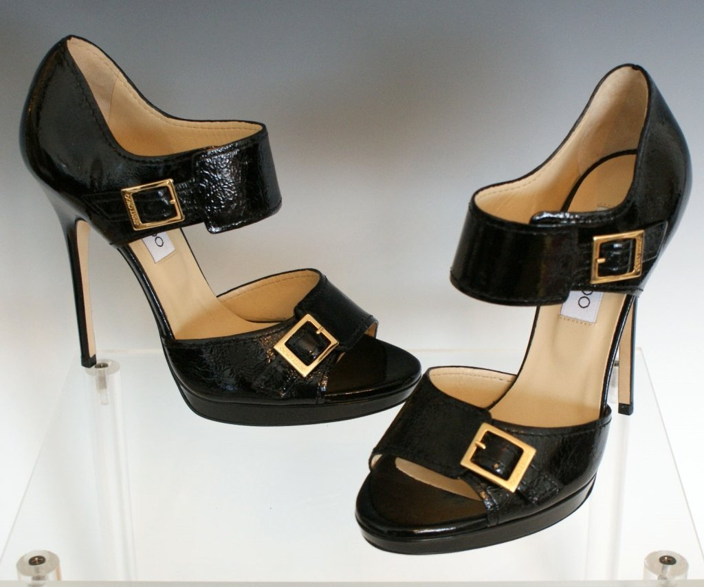 JIMMY CHOO GOLD BUCKLE SANDALS - BLK PAT - SZ 8