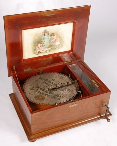 FORTUNA 14.5 INCH DISC MUSIC BOX WITH EIGHT BELLS