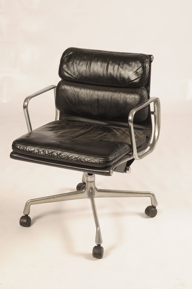 EAMES ALUMINUM GROUP PADDED LEATHER CHAIR