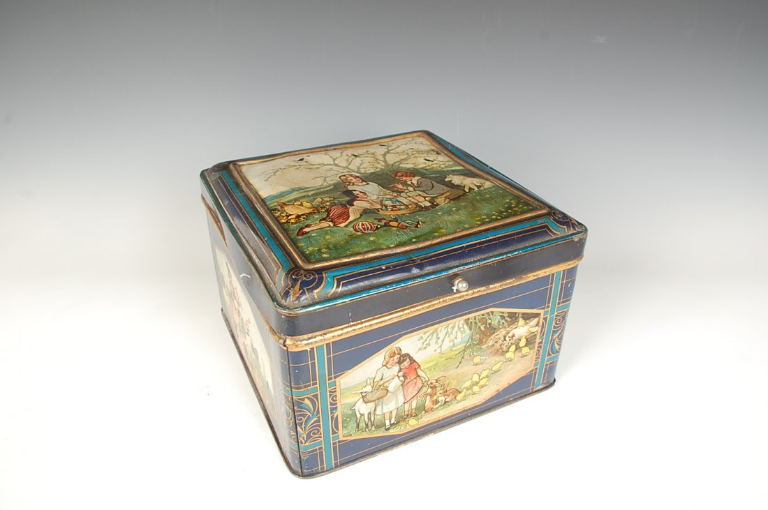 TIN LITHO CANDY OR BISCUIT TIN