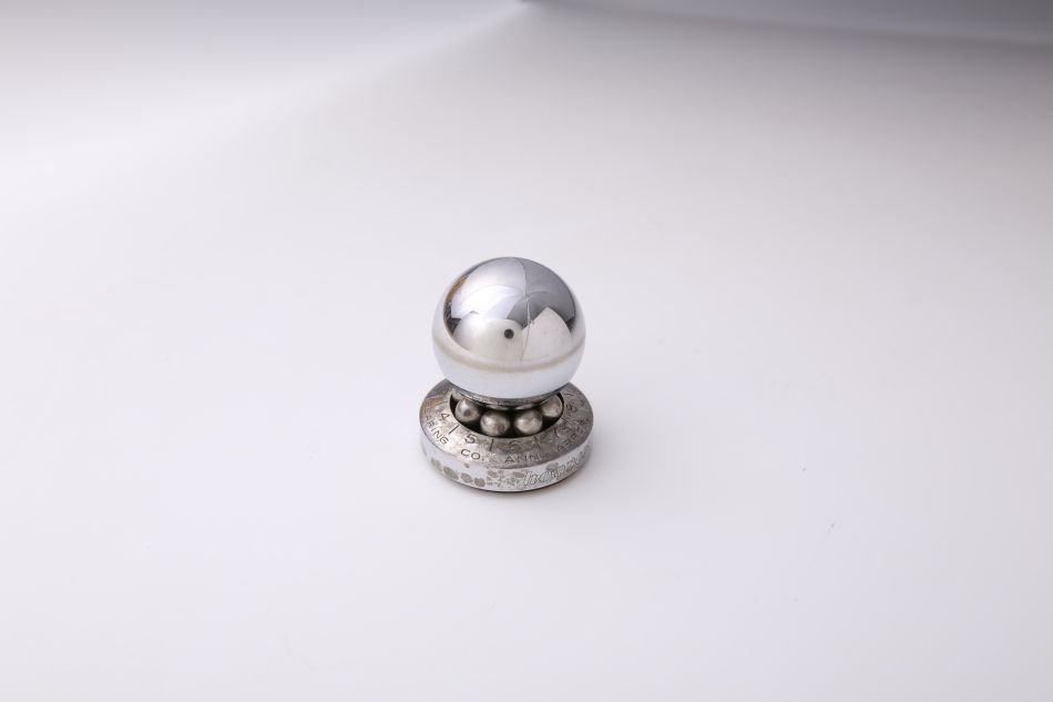 HOOVER BALL BEARING COMPANY ROULETTE ADVTG PAPERWEIGHT - 2