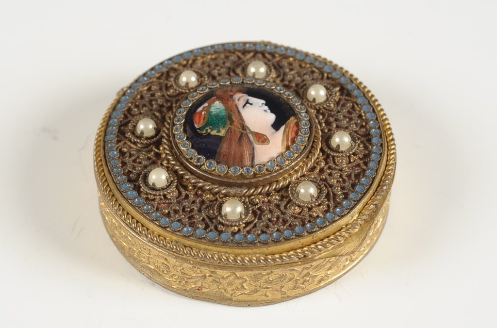 FRENCH FILIGREE COMPACT WITH PORCELAIN PORTRAIT