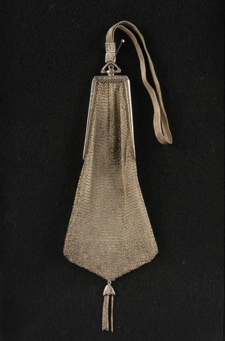 CIRCA 1920 WHITING & DAVIS MESH BAG