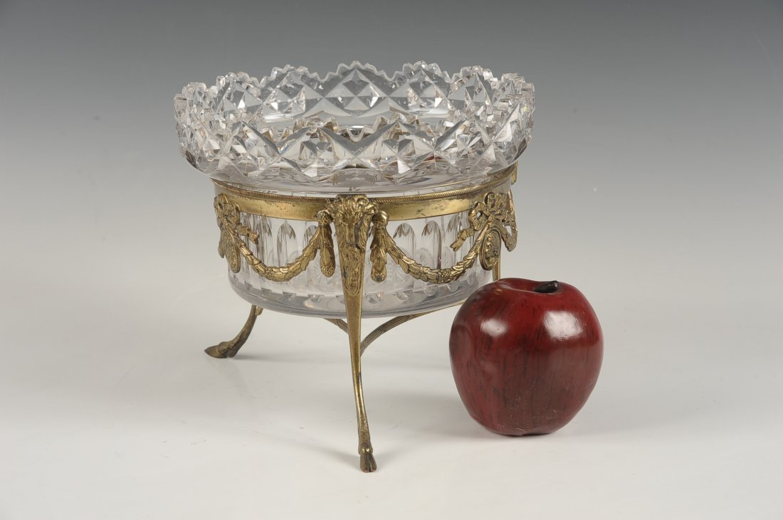 FINE CUT CRYSTAL BOWL IN BRONZE STAND - 10
