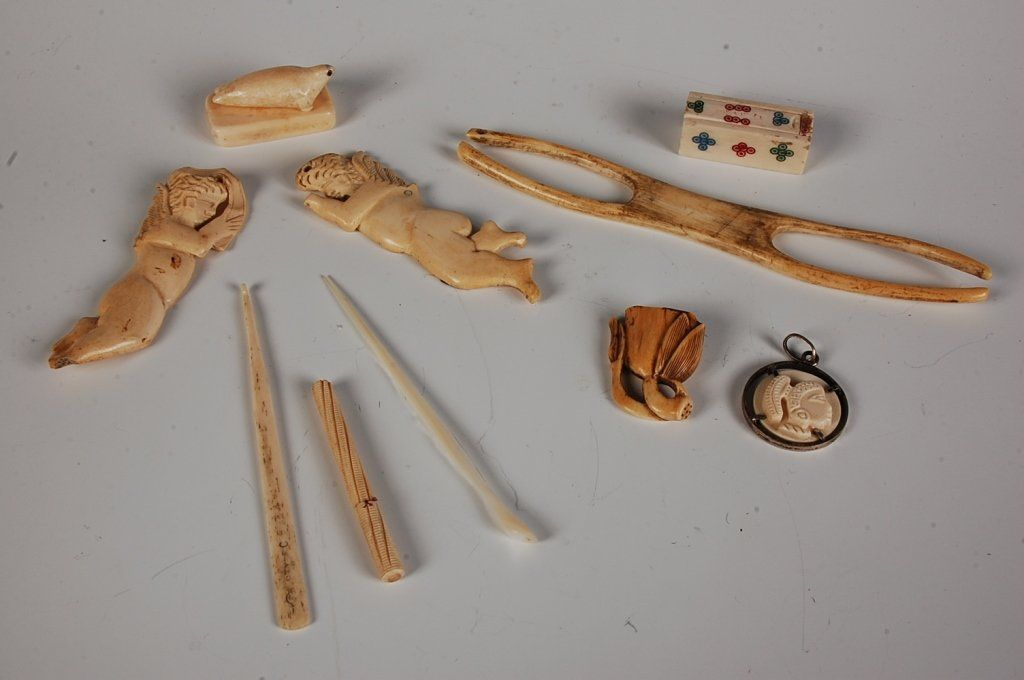 ESTATE LOT OF ASIAN AND OTHER BONE AND IVORY OBJECTS