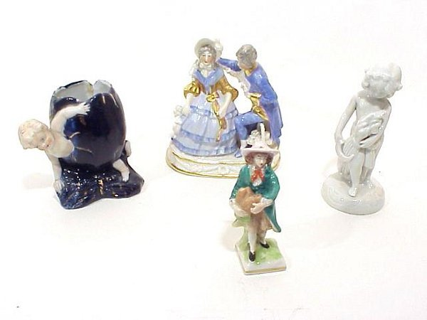 11: Grouping Of Various Antique And Collectib