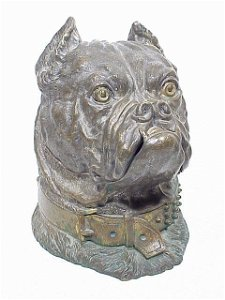 173: Large Detailed Brass Bulldog Humidor wit