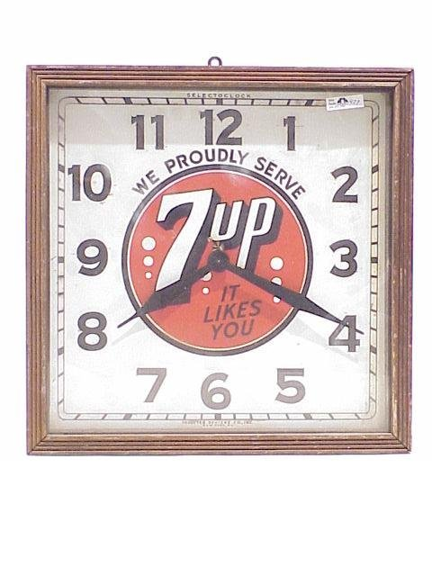 477: 7-Up Advertising Clock 15 inches square