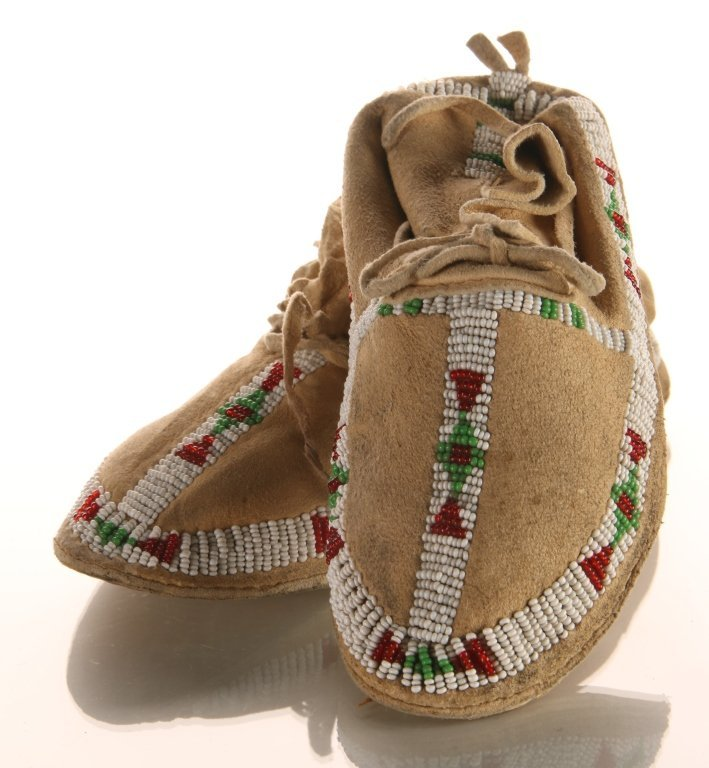 PAIR OF PLAINS CHILD'S BEADED MOCCASINS