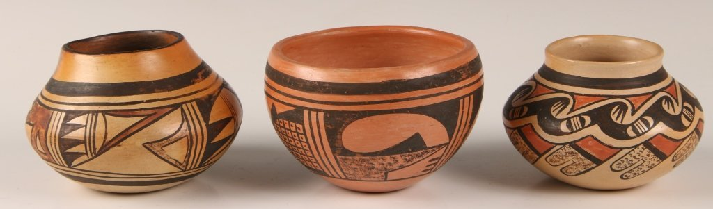 THREE PIECES HOPI INDIAN POTTERY
