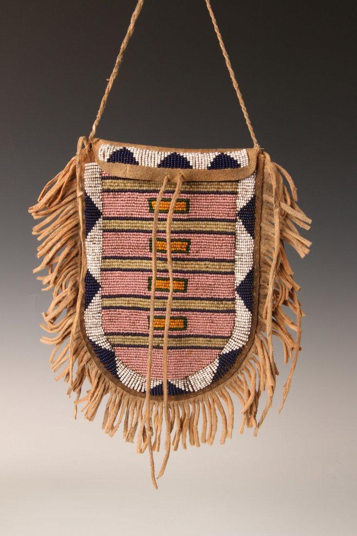 CONTEMPORARY NATIVE AMERICAN BEADED BAG