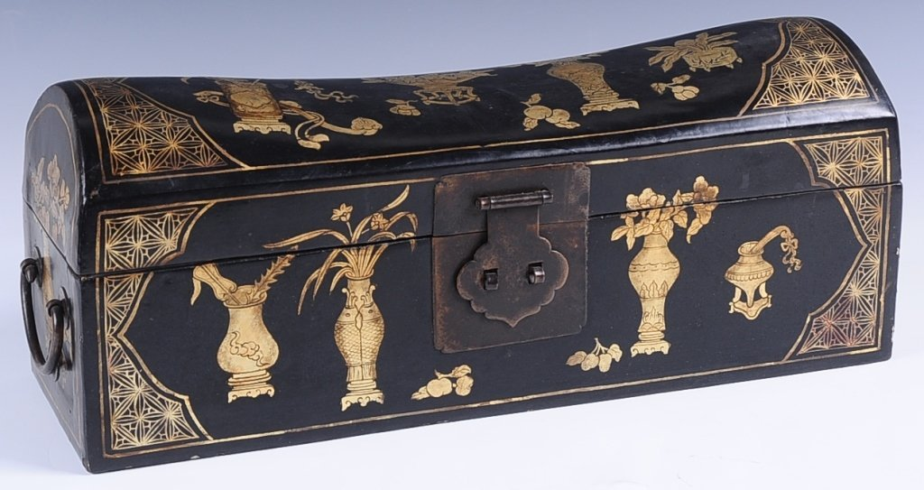 CHINESE lACQUER HEAD REST BOX