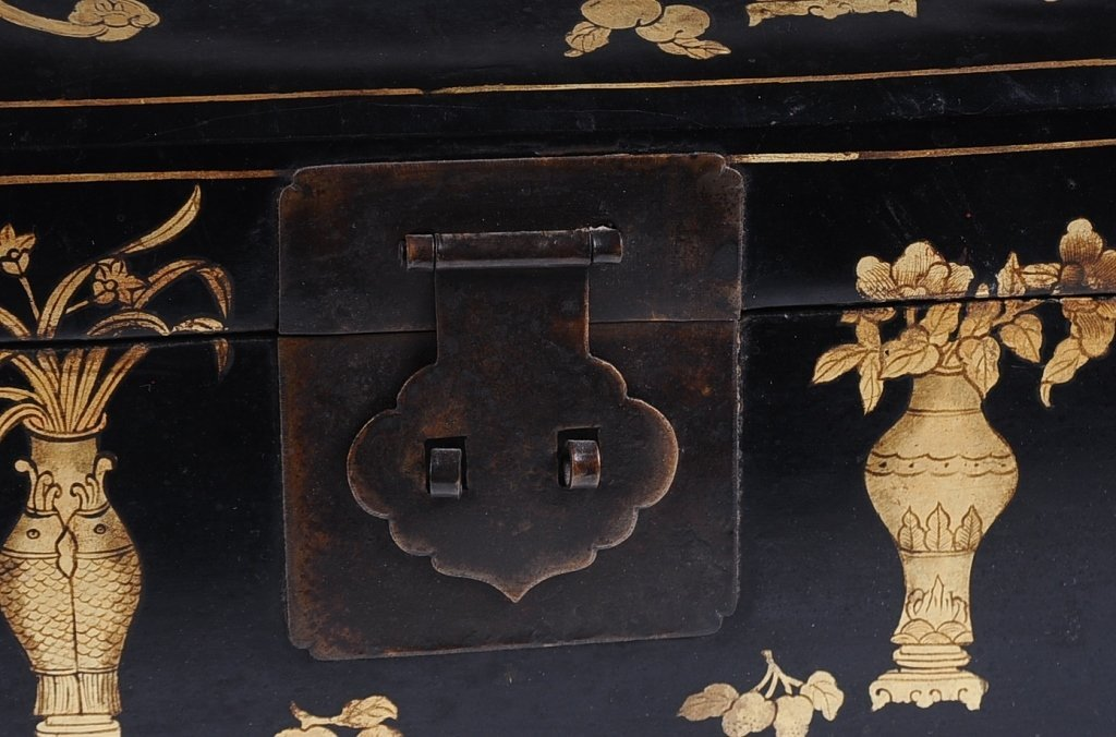 CHINESE lACQUER HEAD REST BOX - 6