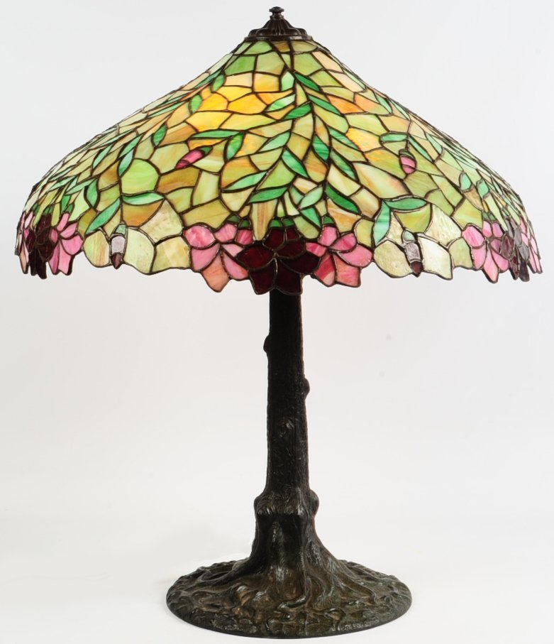 CHICAGO MOSAIC LEADED LAMP WITH NATURALISTIC BASE