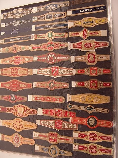 15: COLLECTION OF APPROX. 390 ANTIQUE CIGAR BAND LABELS