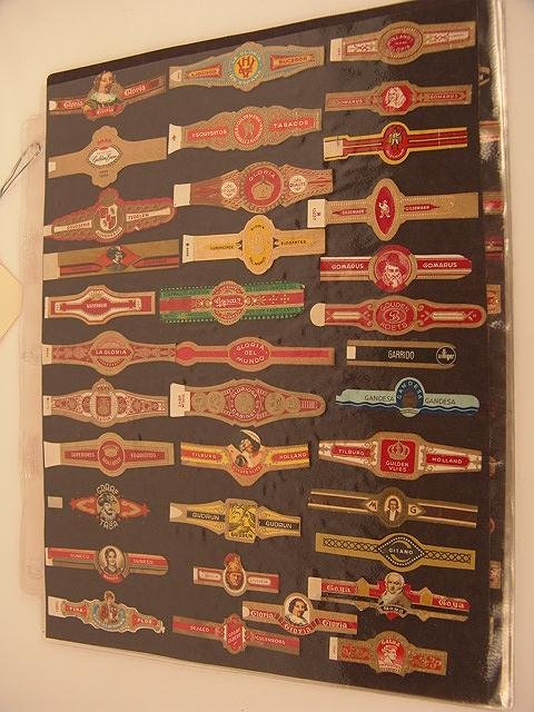 17: COLLECTION OF APPROX. 213 ANTIQUE CIGAR BAND LABELS