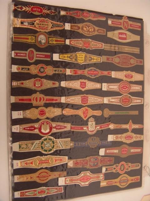 18: COLLECTION OF APPROX. 290 ANTIQUE CIGAR BAND LABELS