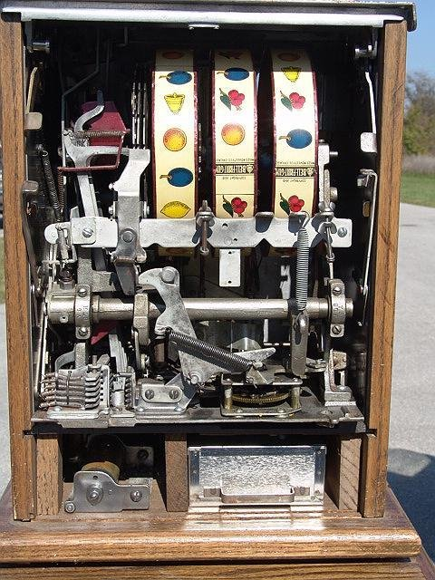 1244: MILLS WAR EAGLE REPRODUCTION SLOT MACHINE ON STAN - 2