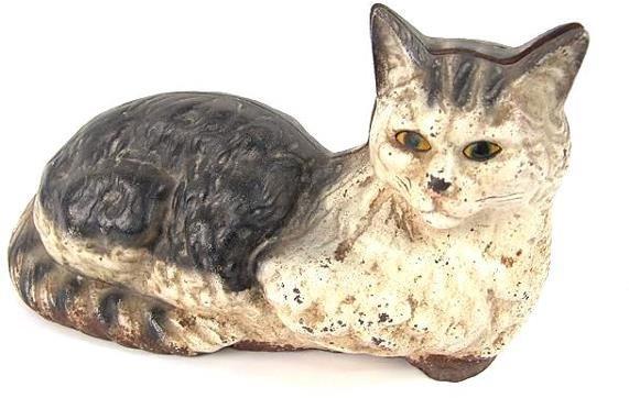 2512: RECUMBENT CAT CAST IRON DOOR STOP