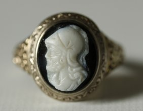 Gent's Victorian Hardstone Onyx Cameo Ring