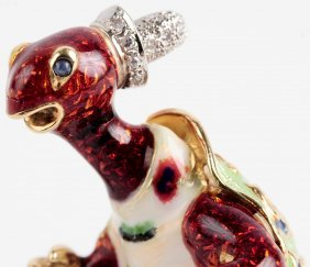 Vintage 18k Enameled Gold Turtle With Diamonds