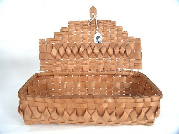 490: THREE N.E. AMERICAN INDIAN BASKETS WOVEN IN TWO CO