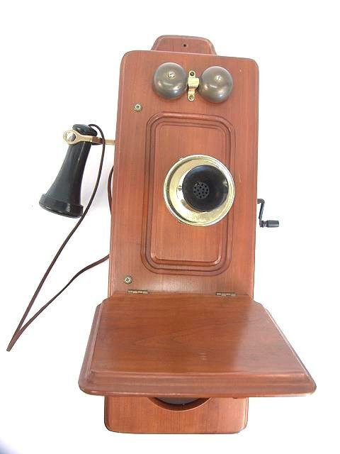 1012: SOLID CHERRY OLD FASHION CRANK WALL TELEPHONE