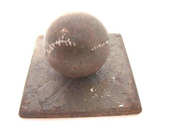 2020: BASEBALL FIGURAL CAST IRON PAPERWEIGHT