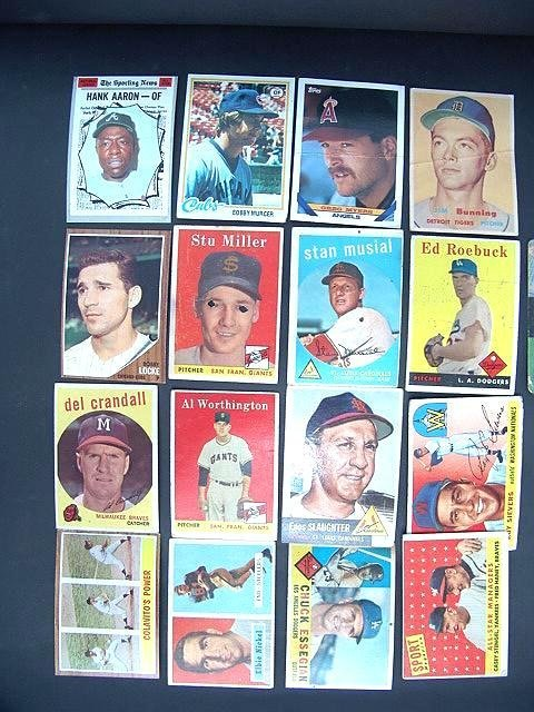 2023: GROUP OF '50'S AND '60'S BASEBALL CARDS