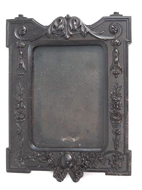 303: LARGE GUTTA  PERCHA PICTURE FRAME, CIRCA 1865