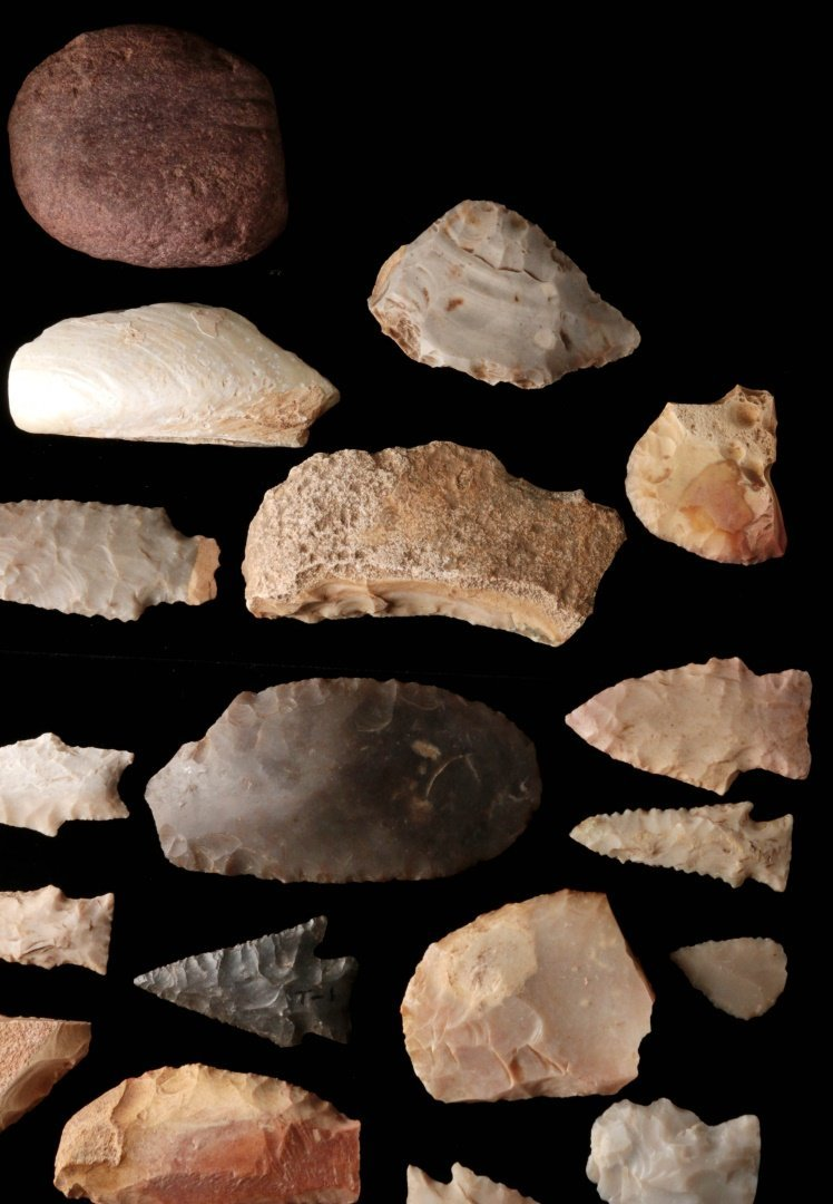 A LARGE GROUP OF TEXAS ARTIFACTS - 10
