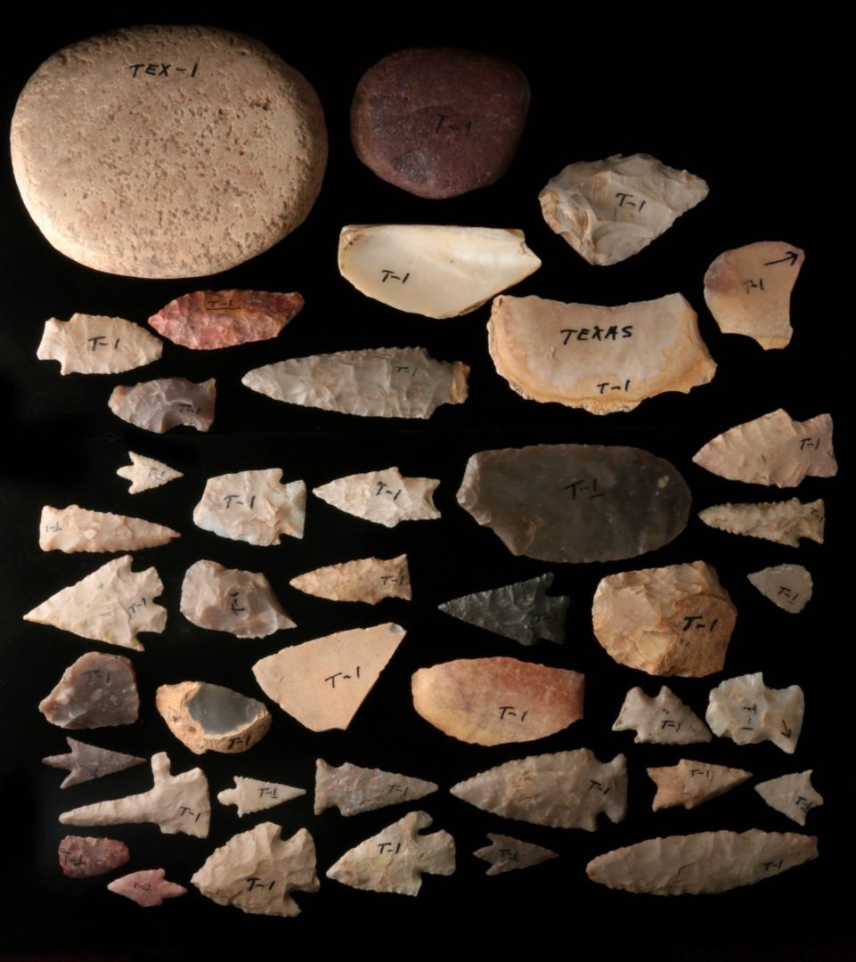 A LARGE GROUP OF TEXAS ARTIFACTS