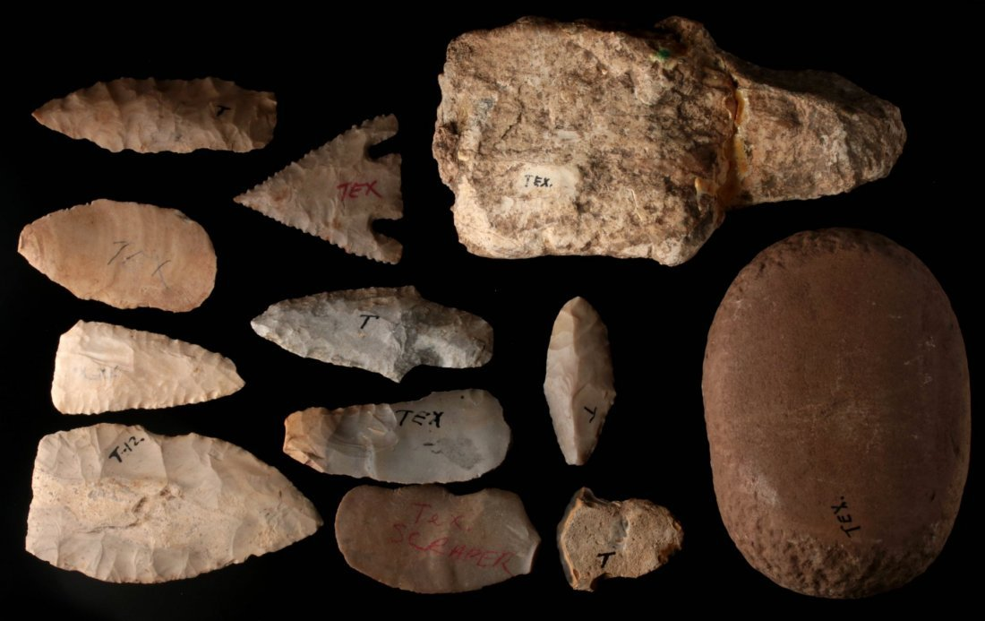 A LARGE GROUP OF TEXAS ARTIFACTS - 3