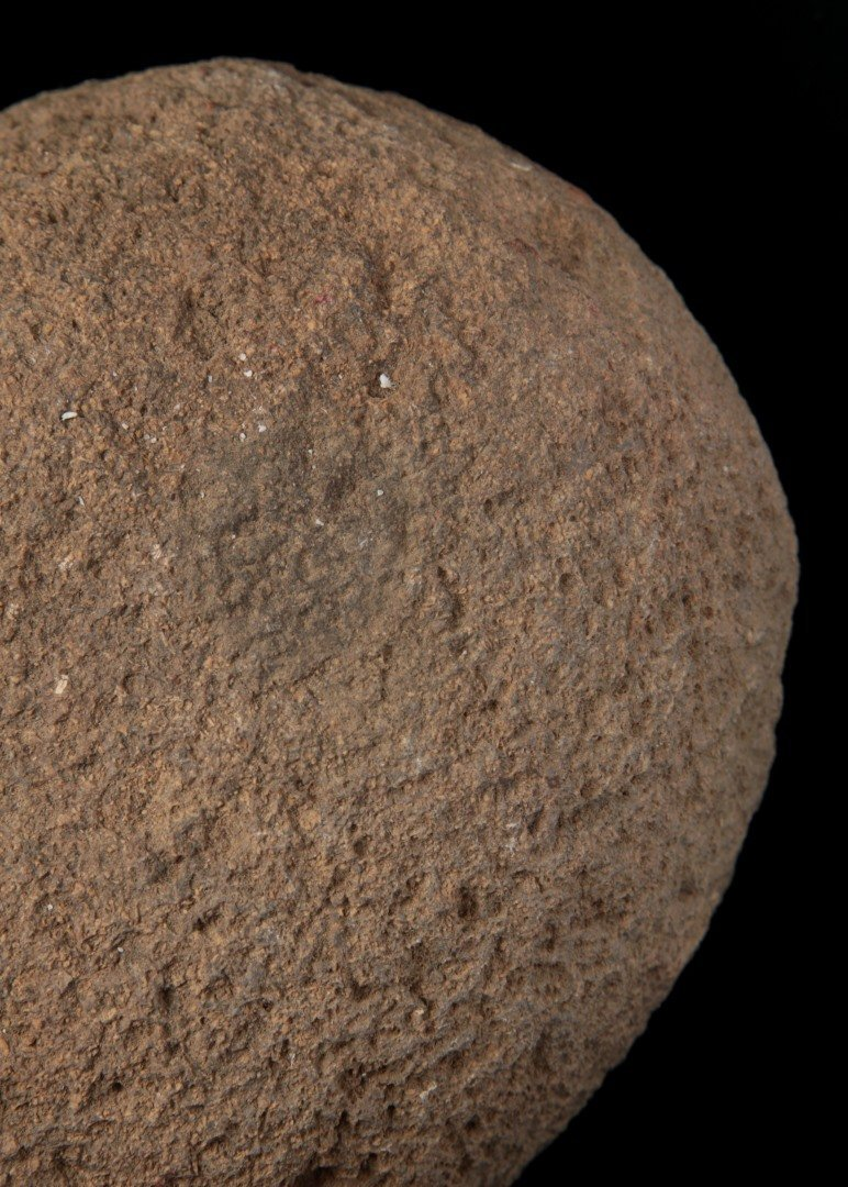 MANO GRINDING STONE, PICTURED CHAPMAN, VOL I - 3