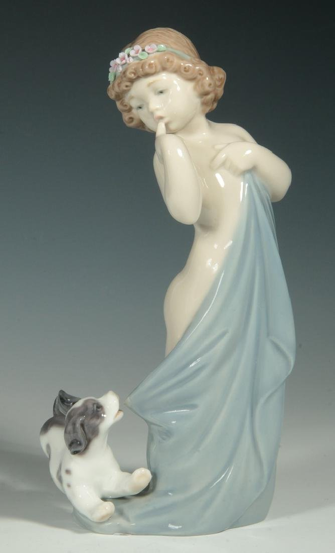 LLADRO 'NAUGHTY PUPPY' PORCELAIN FIGURE WITH BOX